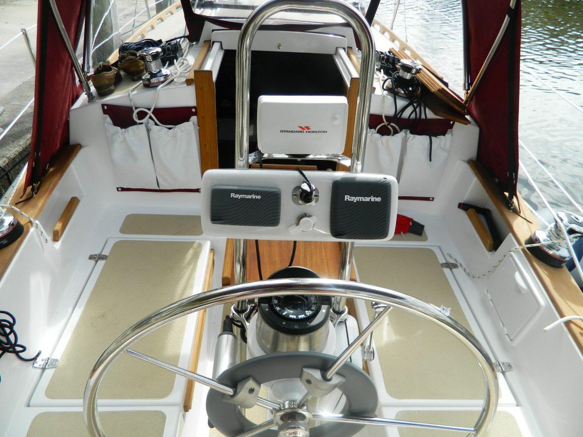 Com Pac 27 sailboat by Com-Pac Yachts | | Masthead Sailing Gear