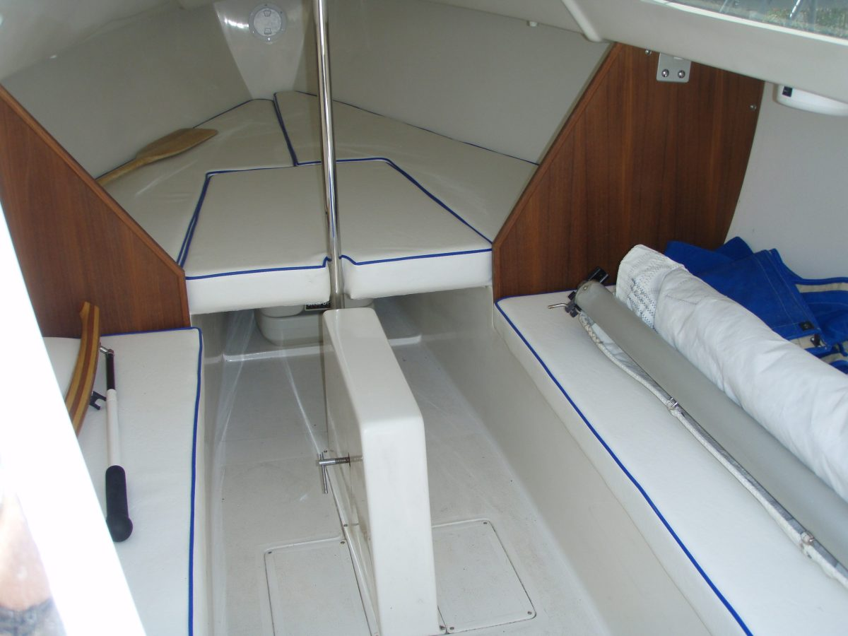 Catalina 22 Sport sailboat by Catalina Yachts | | Masthead